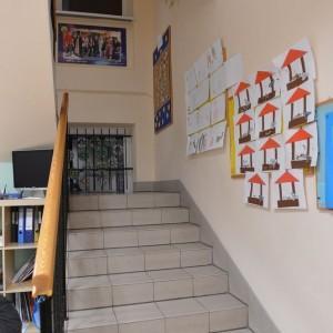 schody-w-przedszkolu-2